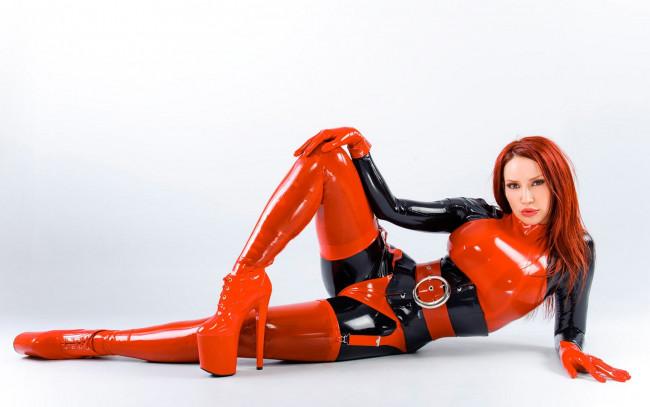 Бесплатный просмотр фото девушки в латексе